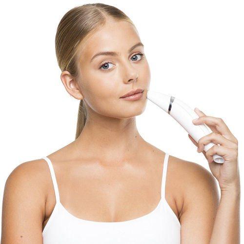 Silkn ReVit Essential Gesichtsanwendung Mikrodermabrasion