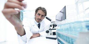 Laboruntersuchung Wimpernserum Hormonbasiert