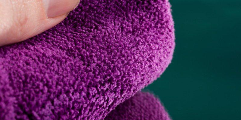 Haarglaettungsmethode absorbierendes Handtuch